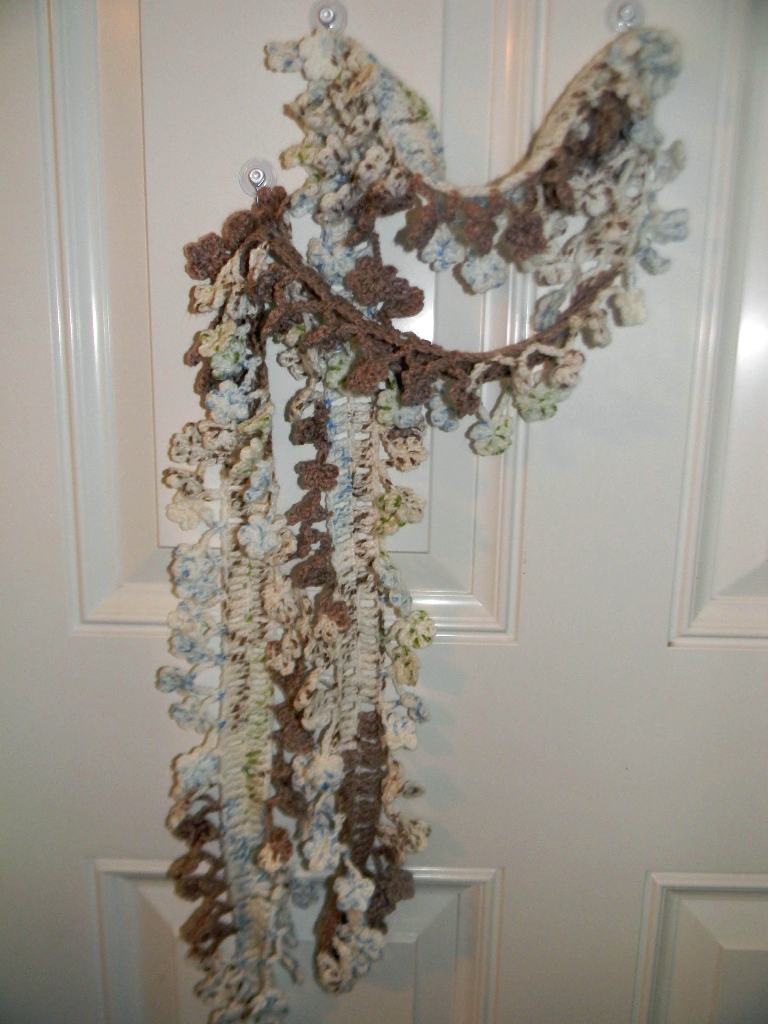 Spring Flowers Crocheted Scarf – Free Pattern | lifewithkeo